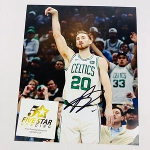 Gordon Hayward Signed Photo